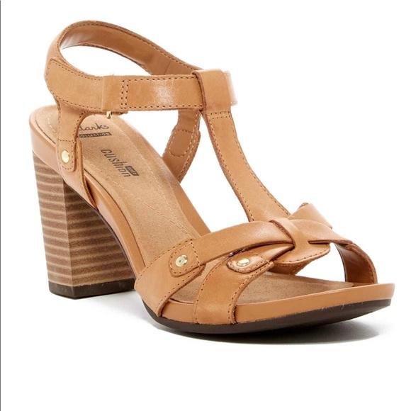 cafd9012e873 Clarks Banoy Valtina Leather Open Toe Heels